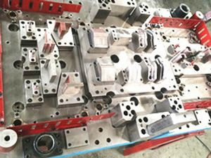 Precision metal mould